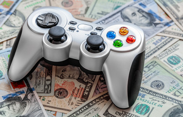 Money Management Tips: 4 Ways Gamers Can Save Money in Life